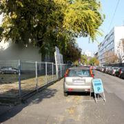 MOHA Ház – parkoló-bejárat a Gizella útról